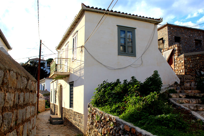 A two storey house, close to Four Corners and Agios Antonis. With lots of original features, this is a great traditional house.