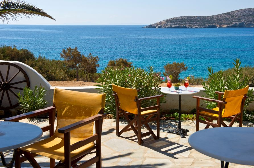 A stunning boutique hotel with swimming pool, bar area and suites just a stones throw from the sea on the island of Antiparos.