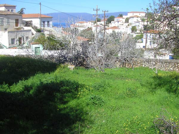 A good sized building plot in the Kala Pigadia area of Hydra.